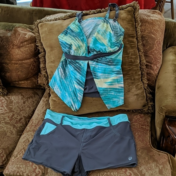 Free Country Other - Women's L Free Country Tank and Shorts Swimwear
